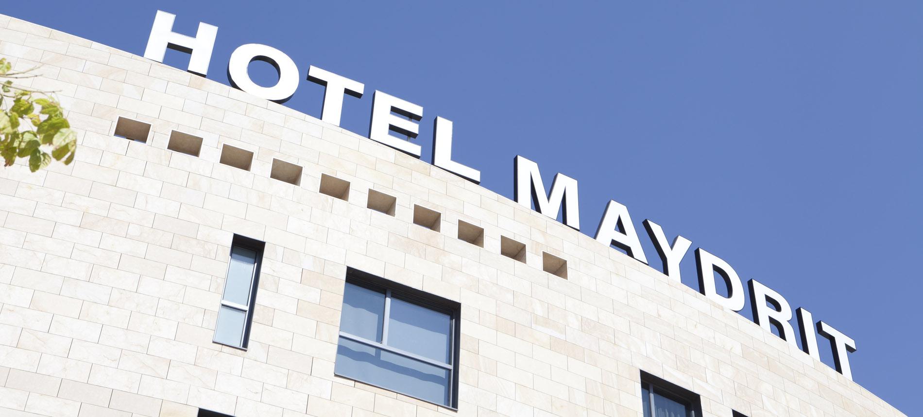 Un h tel 4 toiles deux pas de l 39 ifema hotel santos for Reserver un hotel et payer sur place